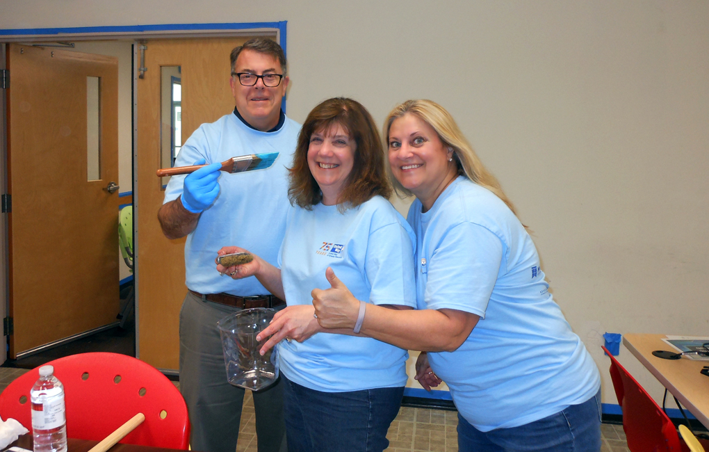 Volunteers from United Way Day Of Action 2017